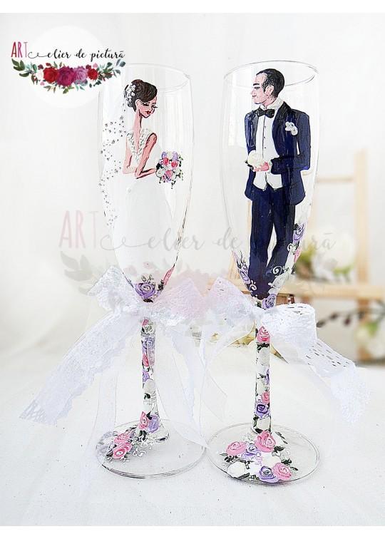 "Pahare pictate manual ""Trandafiri lila&roz"""